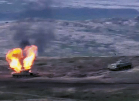Armenia-y-Azerbaiyan-continuan-combates