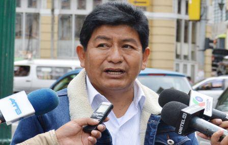 El-MAS-denuncia-que-el-Gobierno-ofrece-como--pipocas--televisores-en-areas-rurales