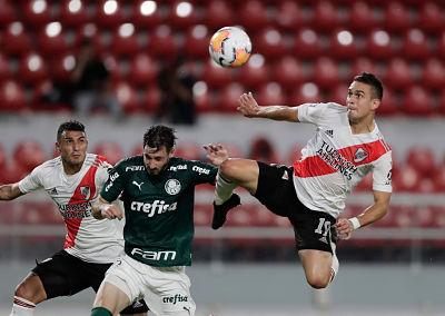 River-va-por-su--noche-epica--ante-Palmeiras