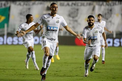 Boca-es-goleado-por-Santos-que-avanza-a-la-final