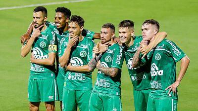 Marcado-por-la-tragedia,-Chapecoense-regresa-a-la-primera-division-en-Brasil