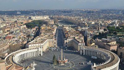 El-Vaticano-empezo-a-vacunar-contra-el-coronavirus-a-personas-sin-techo