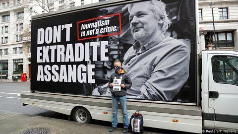 Reino-Unido-no-extraditara-a-Assange-a-EE.UU.-por-temor-a-que-se-suicide