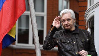 Un-tribunal-britanico-deniega-la-extradicion-de-Assange-a-EE.UU.-por-temor-a-que-se-suicide