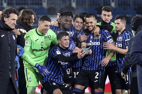 Atalanta-vence-a-Napoli-y-va-a-la-final-contra-Juventus
