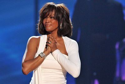 Whitney-Houston:-los-grandes-9-momentos-de-su-carrera-a-los-9-anos-de-su-muerte