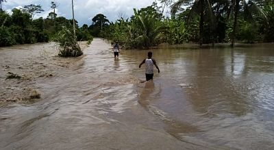 Defensa-Civil-evacua-a-185-familias-afectadas-por-riadas-en-Beni