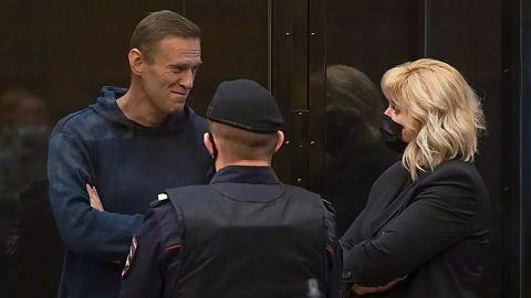 Dictadura-de-Putin-desafia-las-protestas-y-condena-a-Navalny