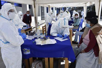 Brigadas-medicas-que-hicieron-pruebas-antigeno-nasal-en-la-EMI-detectaron-49-nuevos-casos-de-COVID-19