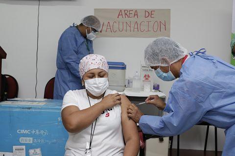 Quienes-tienen-prioridad-para-recibir-la-vacuna-contra-el-coronavirus