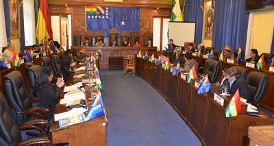 Senadores-debaten-sobre-cambios-al-proyecto-de-Ley-de-Emergencia-Sanitaria