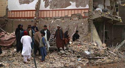 Explosion-de-coche-bomba-deja-al-menos-8-muertos-en-Afganistan