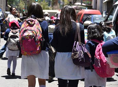 Educacion-presenta-una-guia-para-el-retorno-seguro-a-clases-semipresenciales-o-presenciales