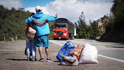 Unos-1.200-venezolanos-huyeron-a-Colombia-tras-los-combates-entre-el-Ejercito-chavista-y-guerrilleros-en-la-frontera