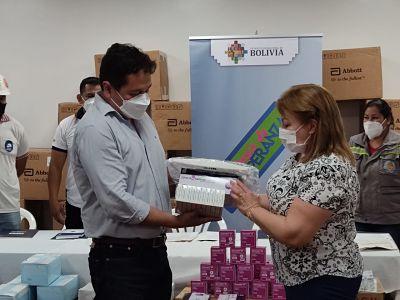 Gobierno-entrega-20.000-pruebas-de-antigeno-nasal-para-la-lucha-contra-el-COVID-19-en-Pando