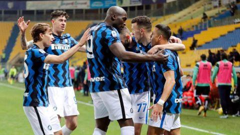 Inter-vence-a-Parma-y-estira-su-ventaja-en-la-cima