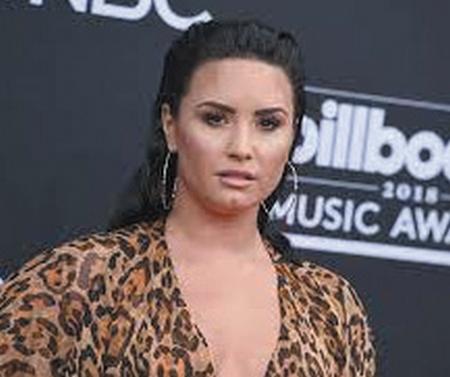 Demi-Lovato-sufrio-ataque-de-ansiedad-al-ver-su-documental
