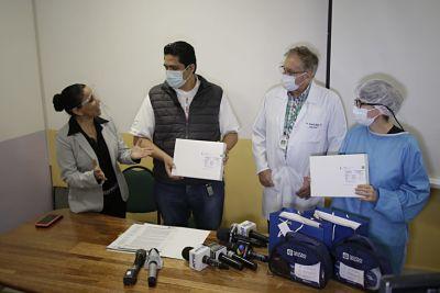 El-Grupo-Nacional-Vida-dona-60-cateteres-pediatricos-al-Oncologico