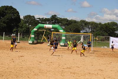 Hamacas-y-Enabolco-avanzan-a-la-semifinal-como-invictos