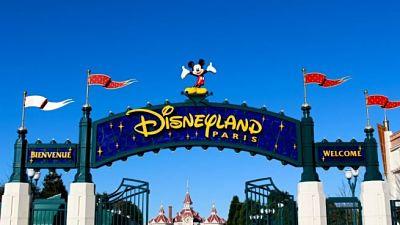 Disneyland-Paris-sera-un-centro-de-vacunacion-contra-el-coronavirus:-inmunizara-a-mil-personas-por-dia
