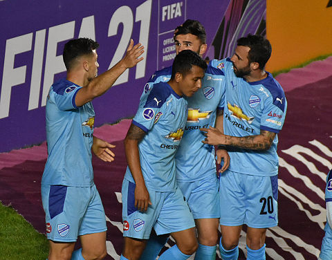 Bolivar-inicia-con-pie-derecho-la-Copa-Sudamericana