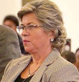 Comite-pro-Santa-Cruz-pide-a-Bolsonaro-otorgar-asilo-a-la-exministra-Pinckert