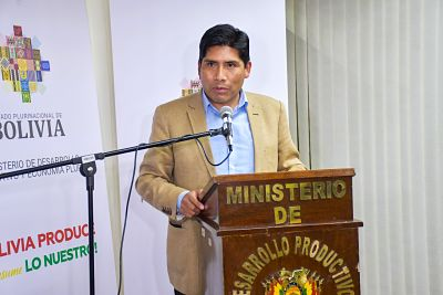 Excandidato-a-gobernador-de-La-Paz,-Franklin-Flores,-asume-la-gerencia-de-Emapa