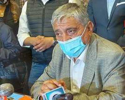 Ivan-Arias-suspende-la-posesion-de-su-gabinete-y-denuncia-toma-de-subalcaldias