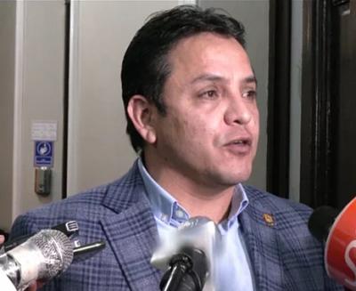 Senador-Montero-expresa-predisposicion-para-reconciliarse-tras-la-pelea-en-el-hemiciclo