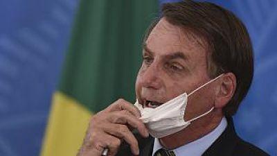YouTube-elimina-videos-de-Bolsonaro-por-desinformacion-sobre-el-covid-19