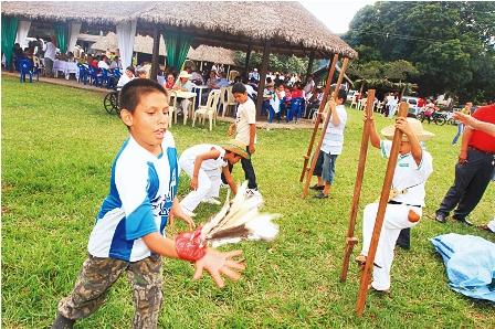 Warnenos Revivieron Sus Costumbres Y Tradiciones