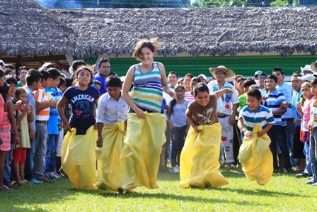 La Jornada Dominical Se Vivio Entre Ferias Frutas Y Tradiciones