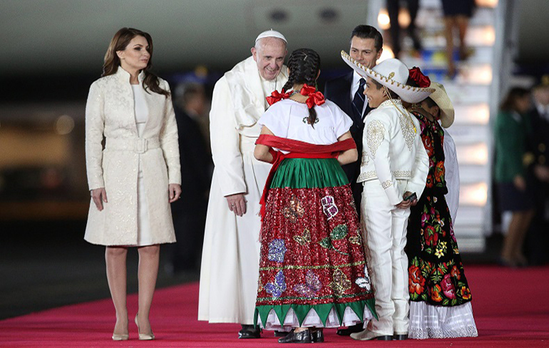 M�xico recibe al Papa Francisco
